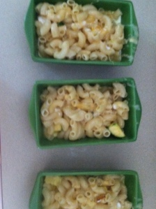girls mac & cheese